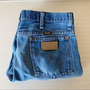 Vintage Wrangler Distressed Cropped  Mom Jeans